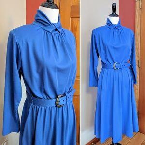 Vtg 1970s bright blue long sleeve dress with belt